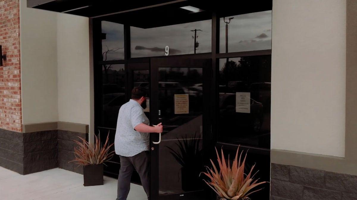 Victus entrance